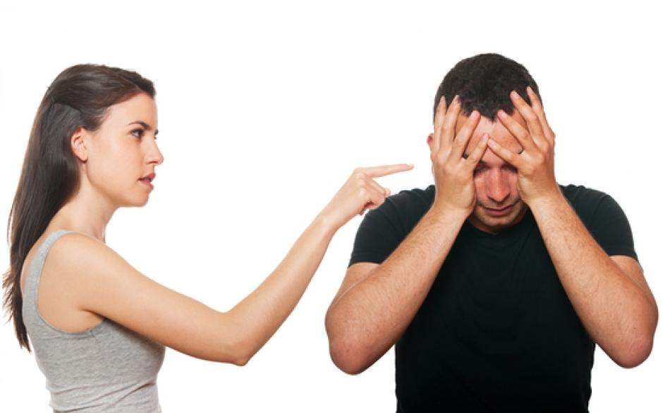 7 способов, которыми жена ранит мужа